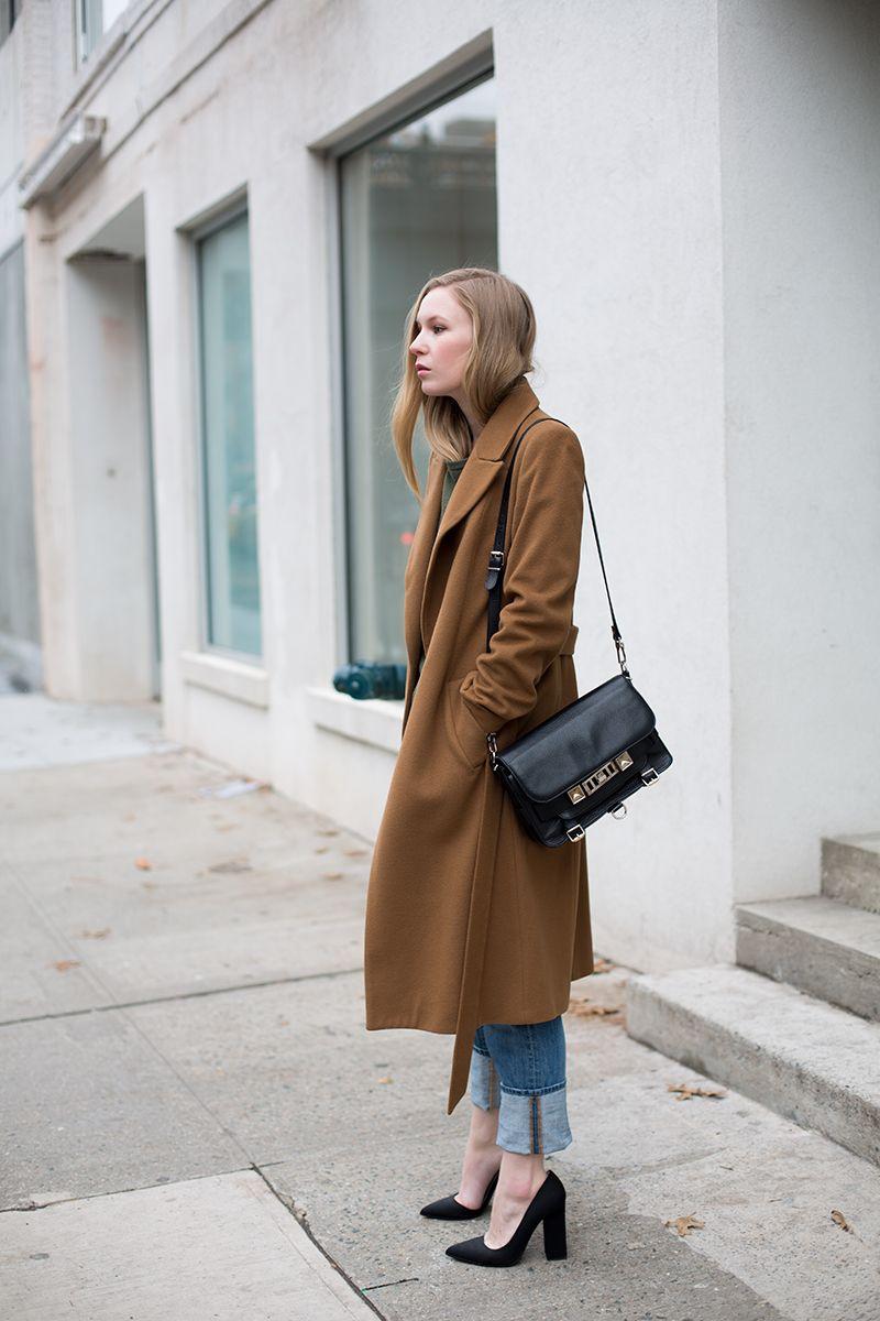 Camel Coat / Boyfriend Jeans