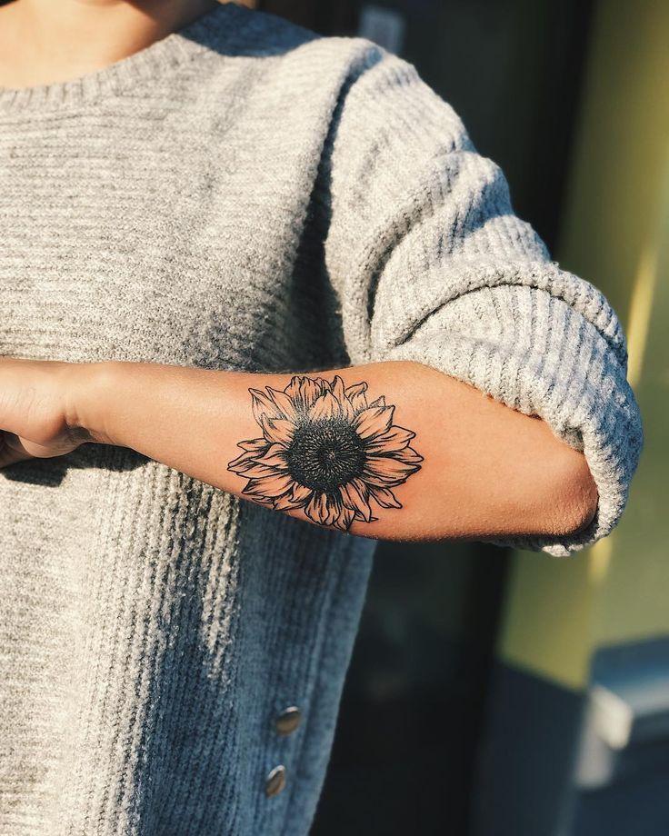 Sonnenblume 🌻 @ktlincarolin #sunflowertattoo #sunflower #tattoo #flower #keef... - My Tattoo Blog 2019
