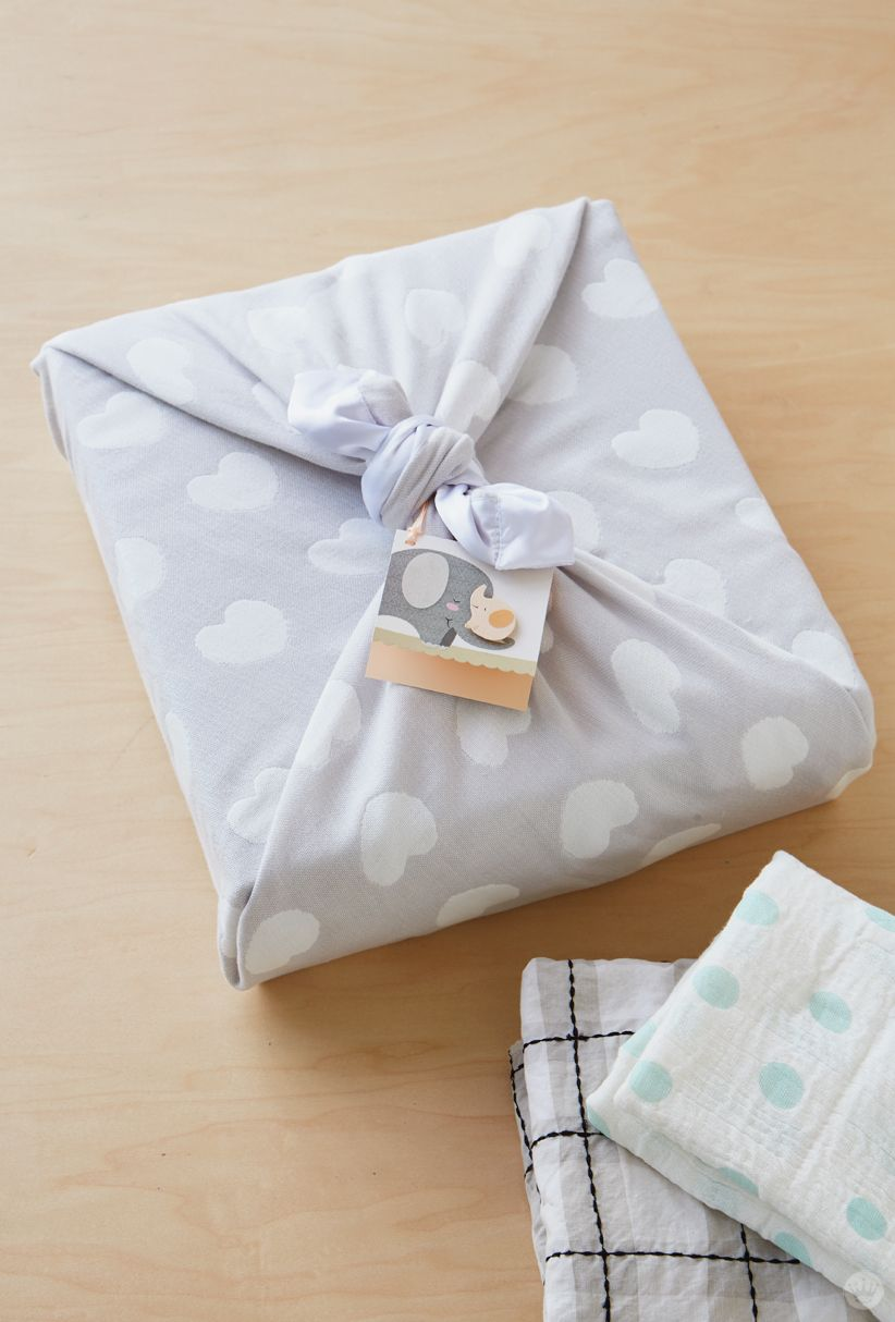 If youu0027re headed to a baby shower try these gift wrap ideas to really make your gift memorable. With a little DIY magic and a sweet pattern ... & Baby gift wrap ideas: Showered with love | Wrap It Up | Baby gift ...