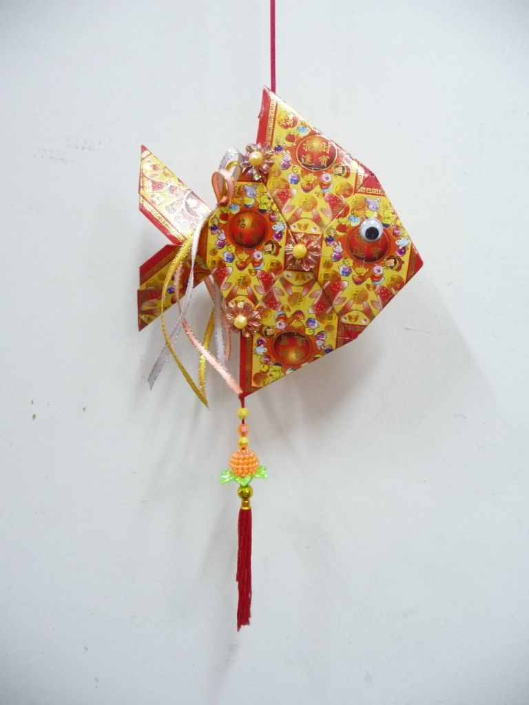 Ang pow fish cny red envelopes lanterns ang pow hong for Ang pao decoration