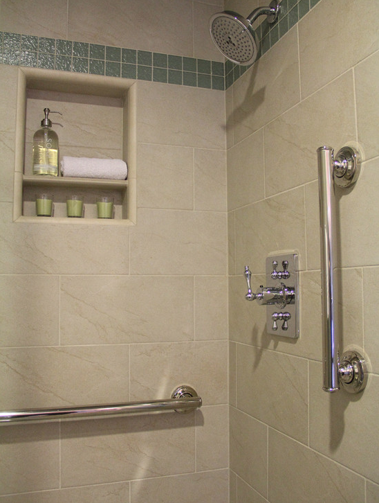 Examples Of How You Add Grab Bars To A Shower Or Tub And Have Them Adorable Bathroom Safety Bars Decorating Design