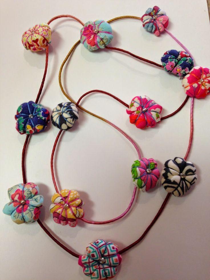 Resultado de imagen de fabric beads jewellery | Proyectos ...