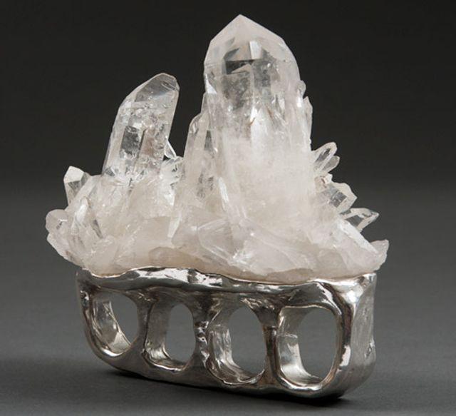 Crystal knuckles