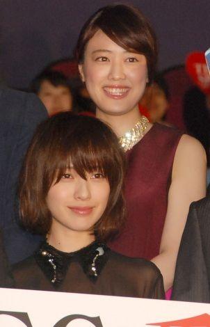 ブロンドヘアーの福田沙紀さん
