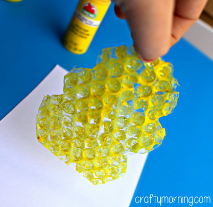 Bubble Wrap Beehive Fingerprint Bee Craft