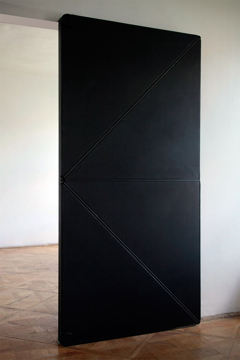 Ingenious Door Opens and Closes Like Folded Paper kinetic doors