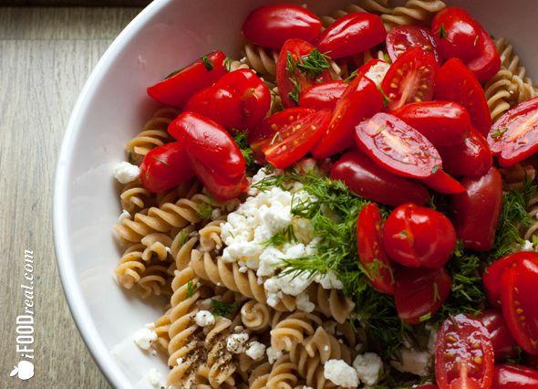 Tomato & feta pasta salad recipe | #vegetarian #food