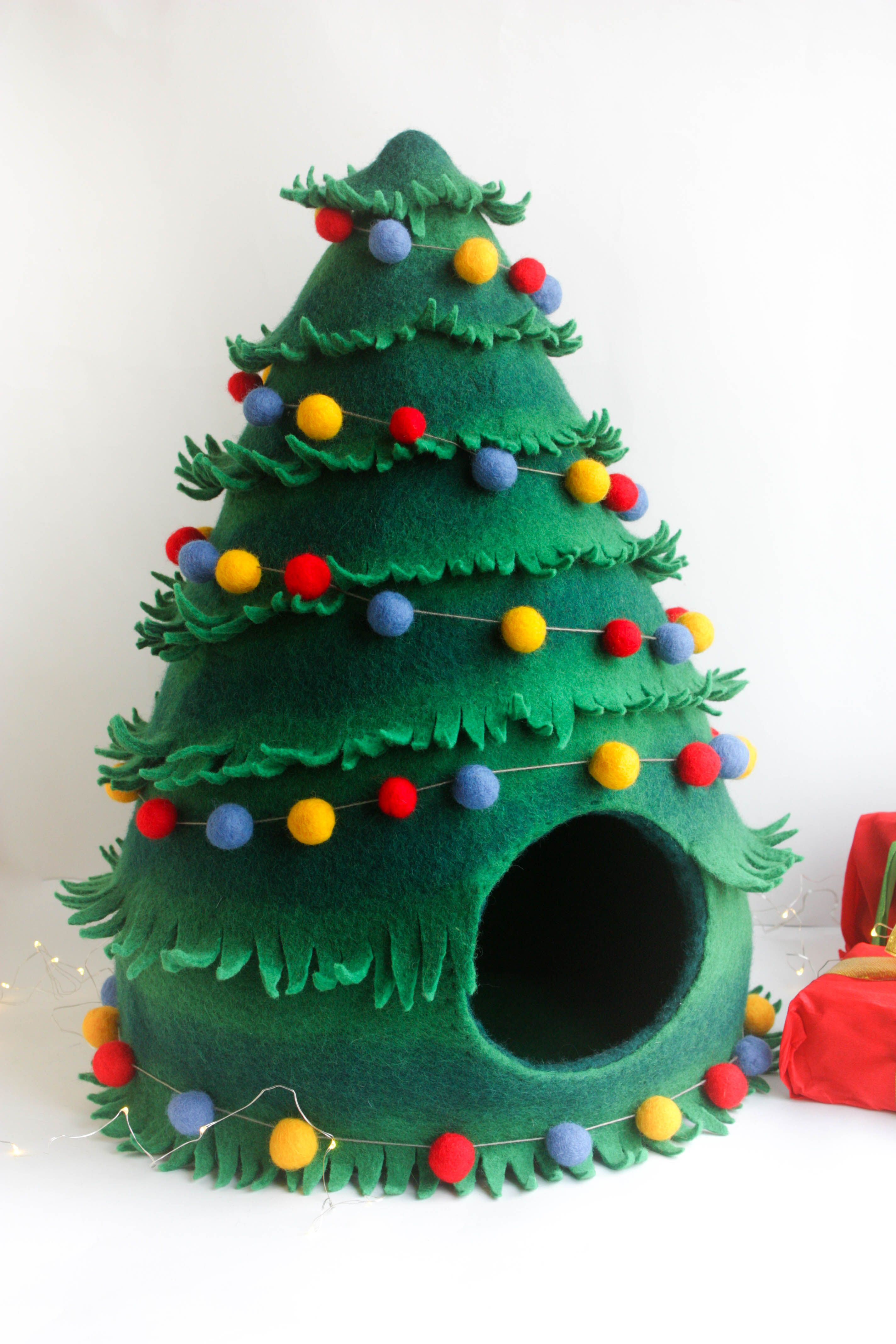 Cat Bed Cat Cave Cat House Felted Christmas Tree Christmas Etsy Felt Christmas Tree Christmas Gifts For Pets Felt Christmas