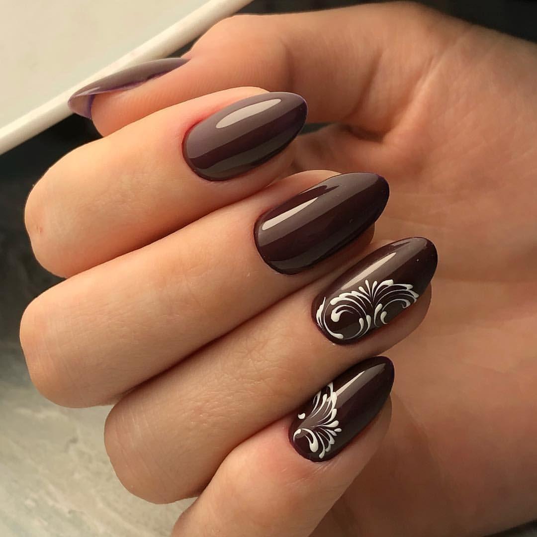 Маникюр на короткие ногти шоколадного цвета (60 фото)