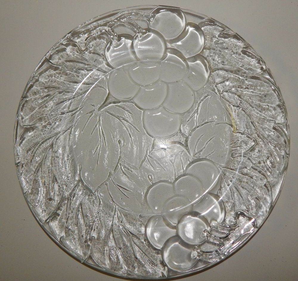 Kig Indonesia Vintage Clear Glass Dinner Plates Grape Leave Clusters Set Of 4 Clear Glass Dinner Plates Plates