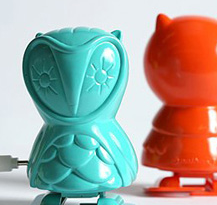 """Wind up toys are some of my favorite - can't believe these have a """"jonathan adler"""" flair - TWO of my favorites - ahhhhh"""