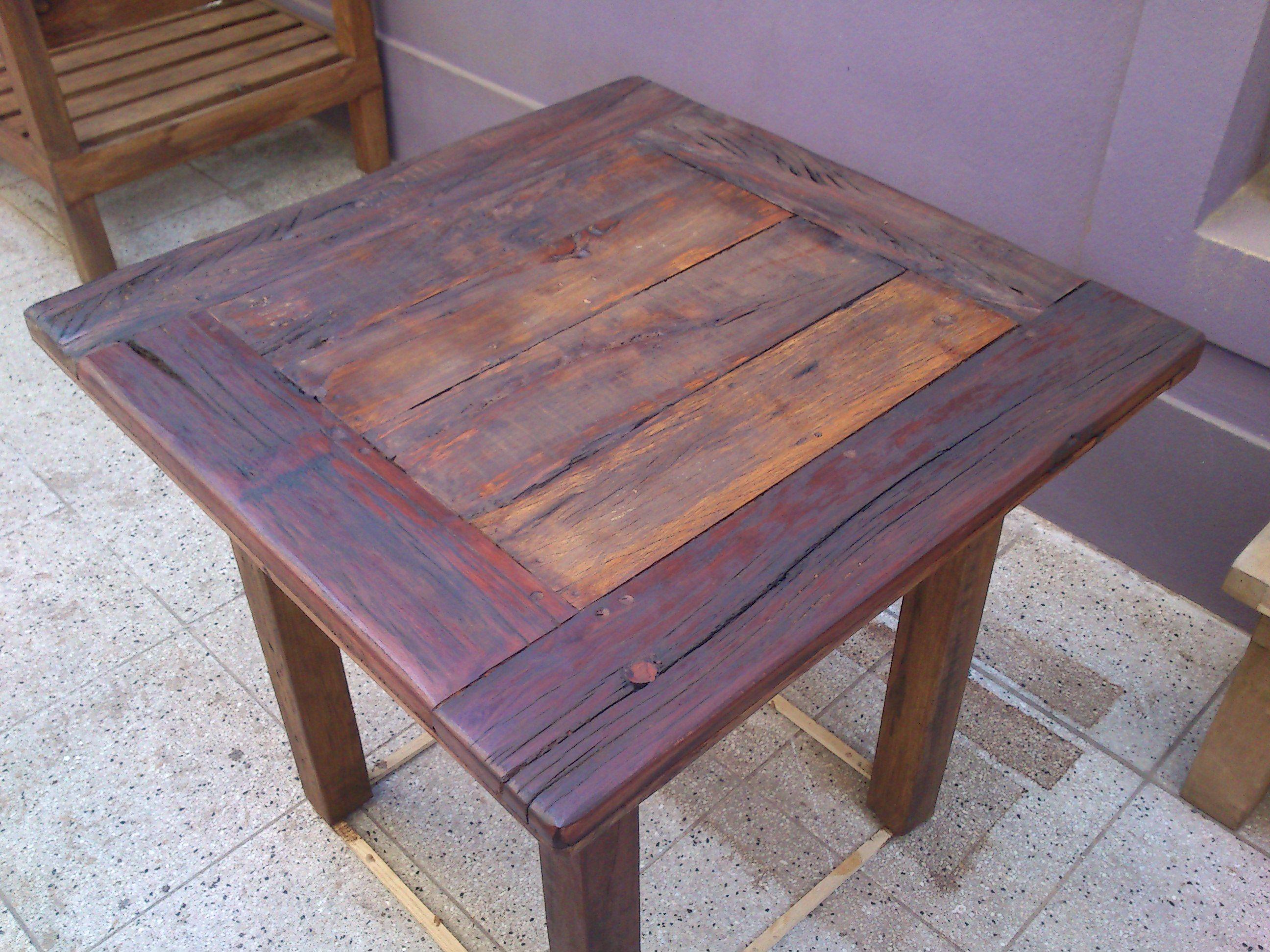 Mesa bar ideal para cocina o comedor fabricada con piezas - Mesas de cocina rusticas ...