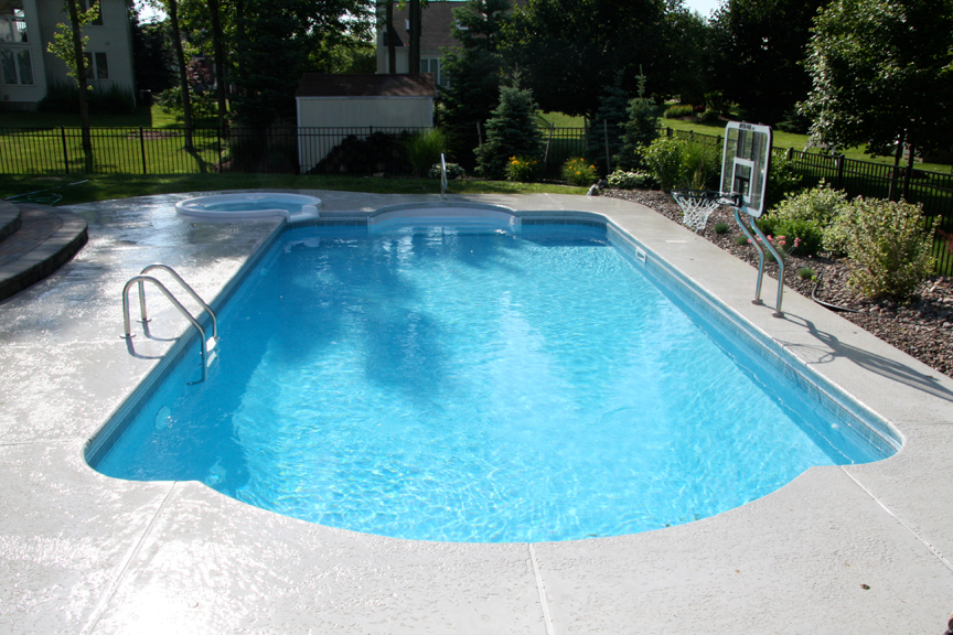 Square Pool With Round Spa Pergola Backyard Pool Pergola Pictures