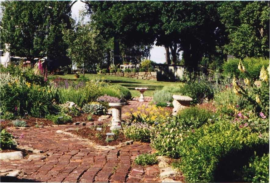 d316b543e020995c6932c18a5f0ac44c - Pegasus Farm Country Store And Gardens