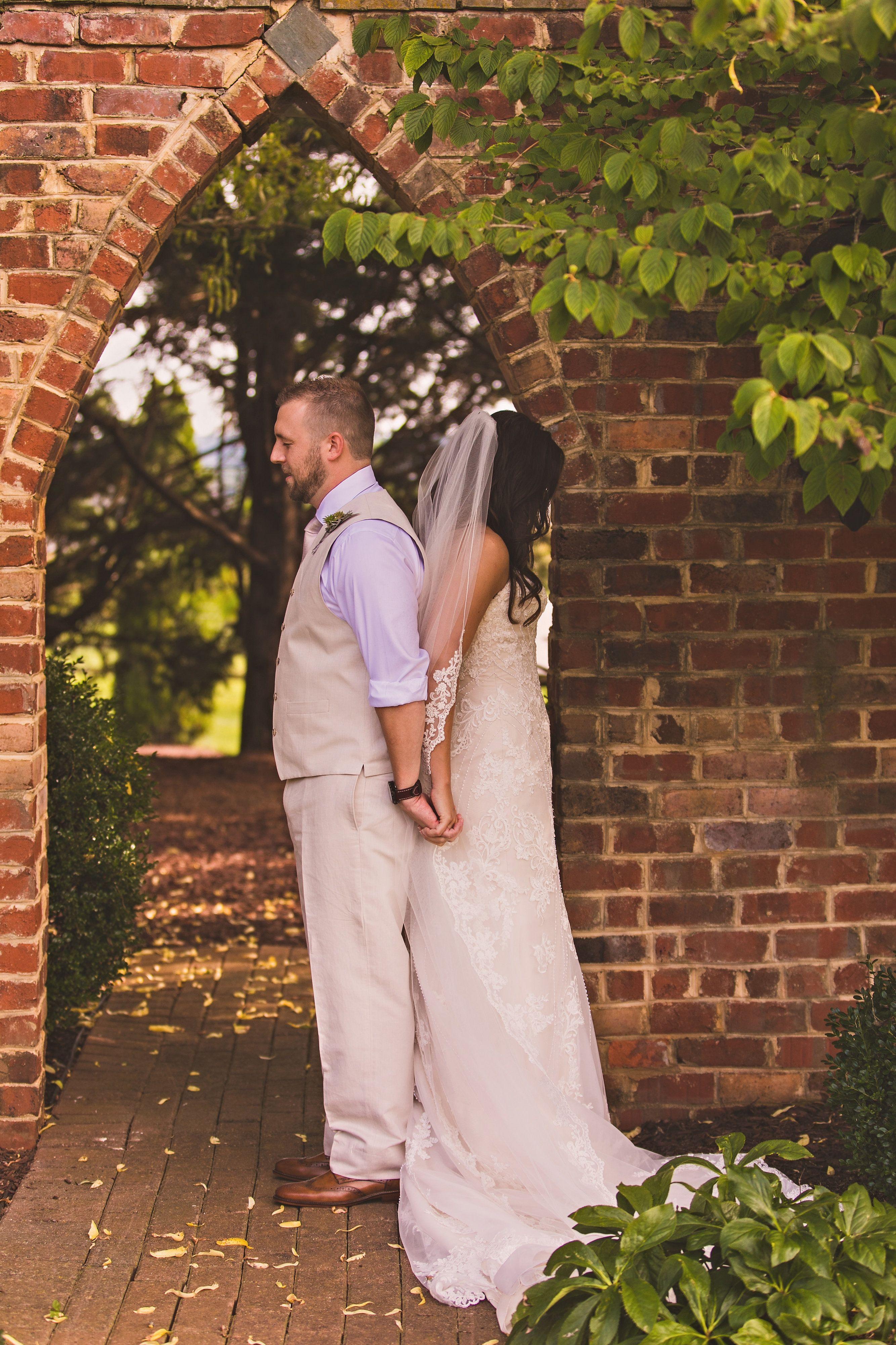 Refined Rustic Elegance Wedding venues in virginia, West