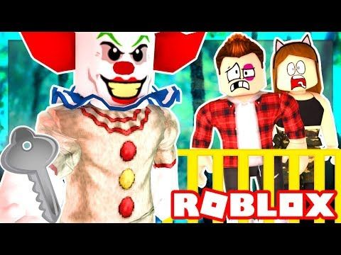 Roblox Family Creepy Clown Traps Us In A Room We Must Escape
