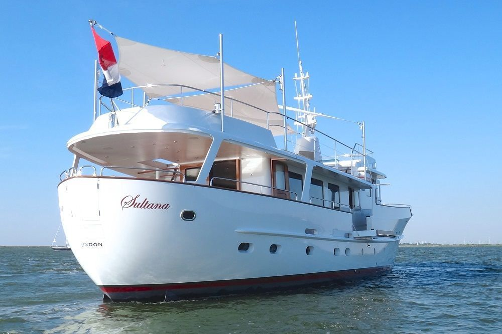 Classic Yachts Stern Of The Classic Motor Yacht Sultana By