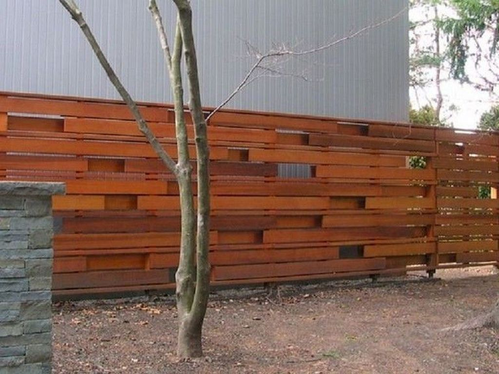 38 Incredible Fence Wooden Design Ideas That You Can Try In Your Home Fence Design Privacy Fence Designs Modern Wood Fence
