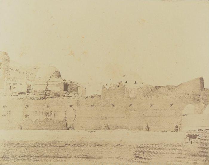 1849-1850 - Syout : tombeaux. Photographe : Maxime Du Camp