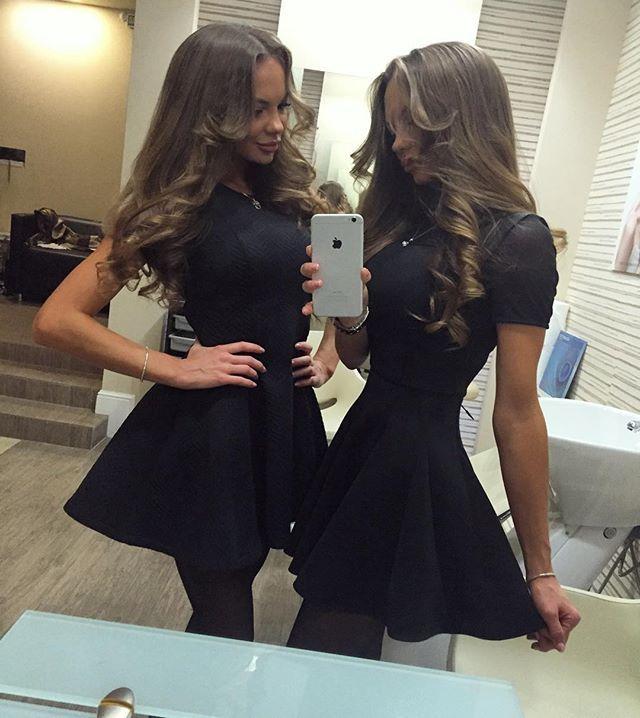 Спасибо салону @art_house_rnd за укладочки  #twins #twinsister #love #amazing #pleasefollow #followme #follow #followforfollow #followback #instagood #instamood #instadaily #likes #likeforlike #likeforfollow #sexy #model #music