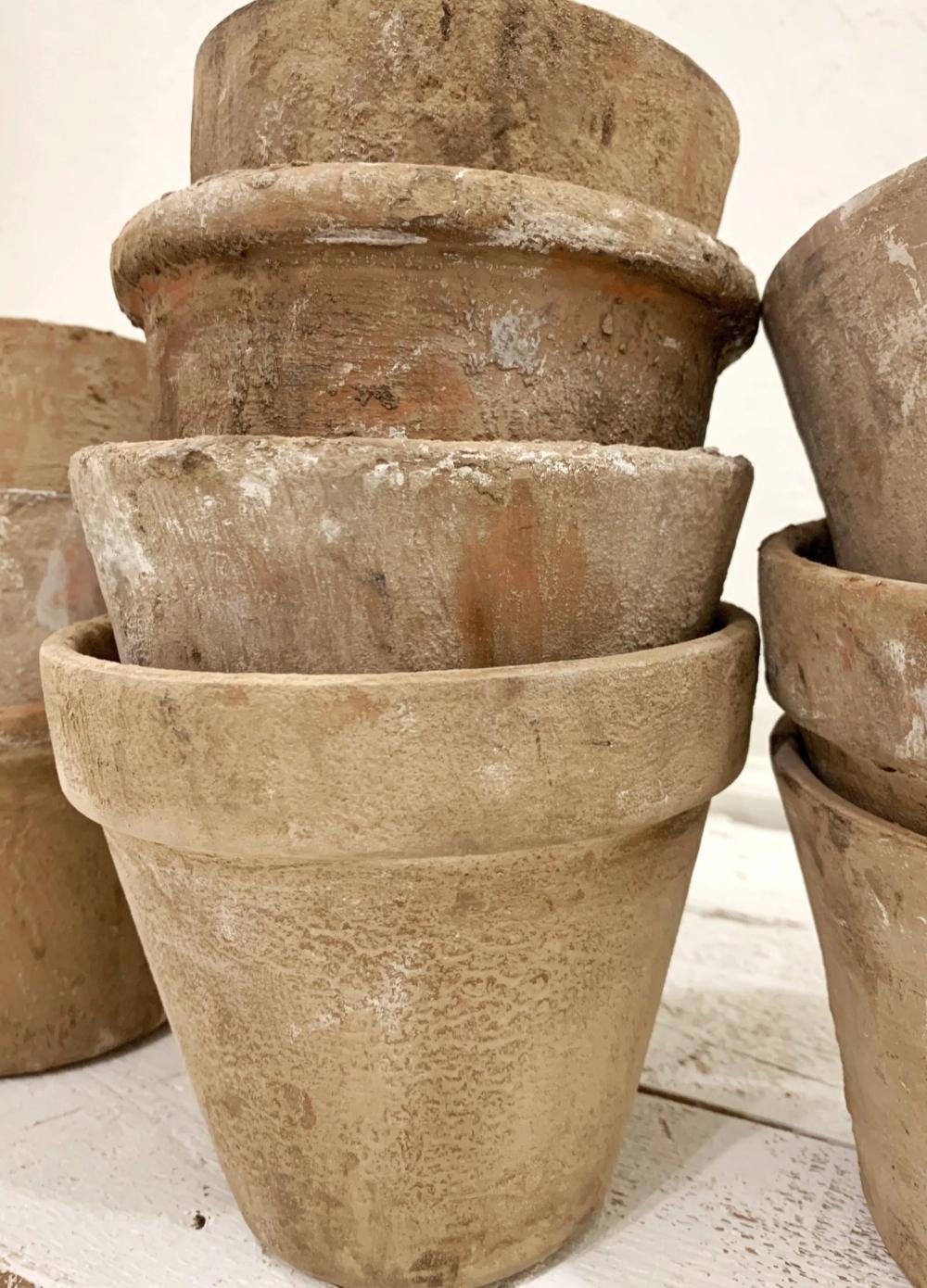 Aging Terra Cotta Pots In 2020 Aging Terra Cotta Pots Diy Terra Cotta Pots Antique Terra Cotta Pots
