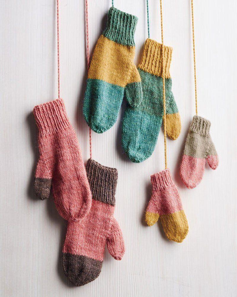12 patrons pour tricoter des moufles   Patron de mitaines, Comment tricoter des chaussettes et ...