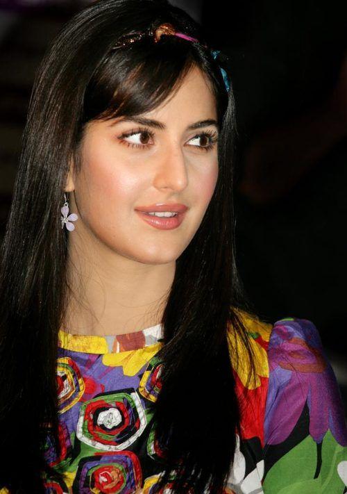 Katrina Kaif Hairstyle Znmd Hairstyle Monkey Bollywood Hair