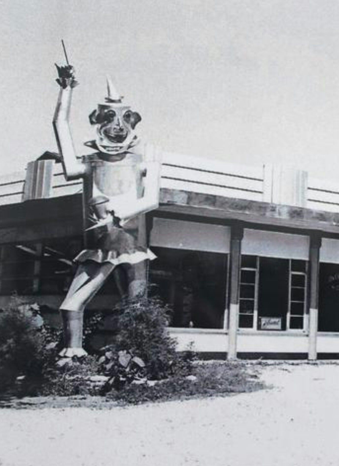 Tin Man That Stood In Front Of Herb Drews Heating And Cooling