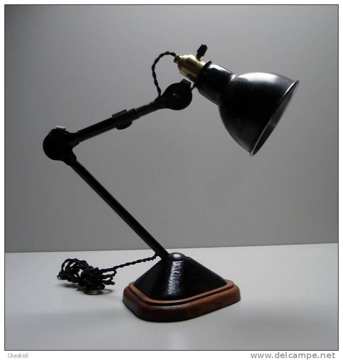 Pin By Leo Kwok On Lighting Lighting Industrial Lighting Table Lamp
