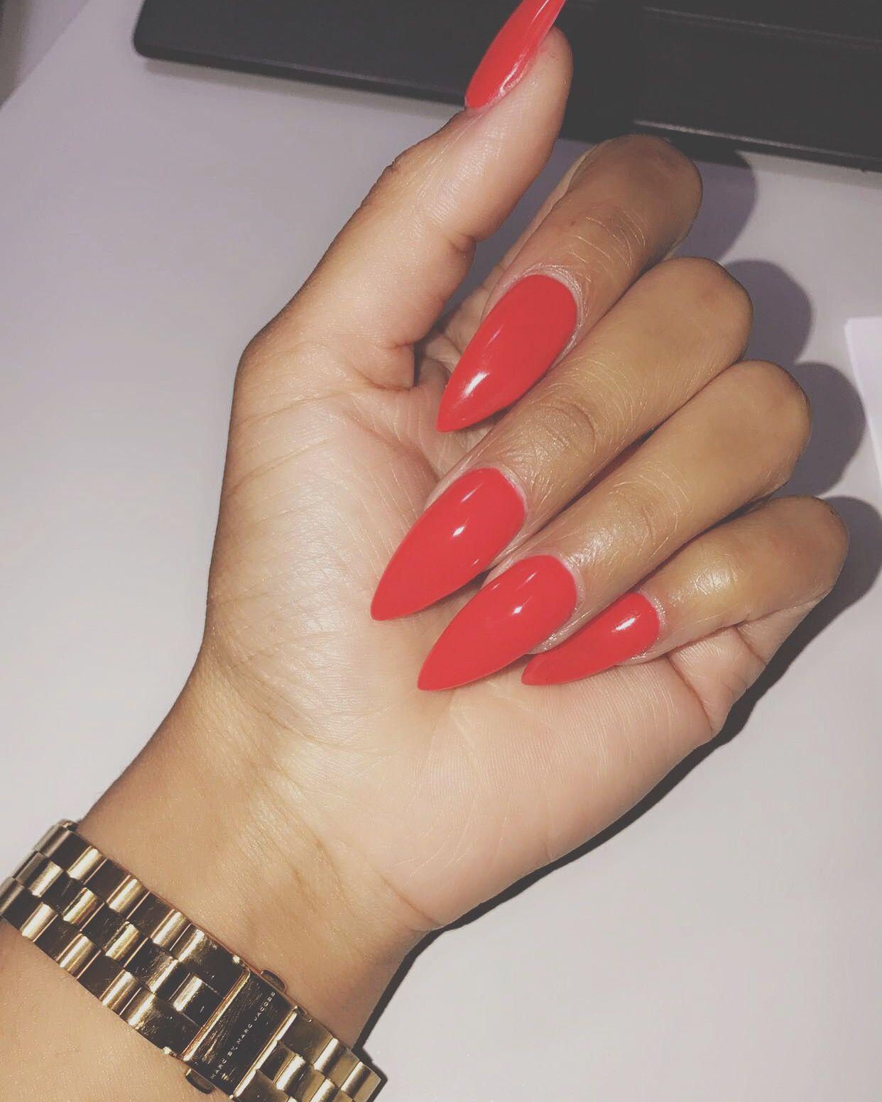 Funky Stiletto Nails Red Motif - Nail Art Ideas - morihati.com