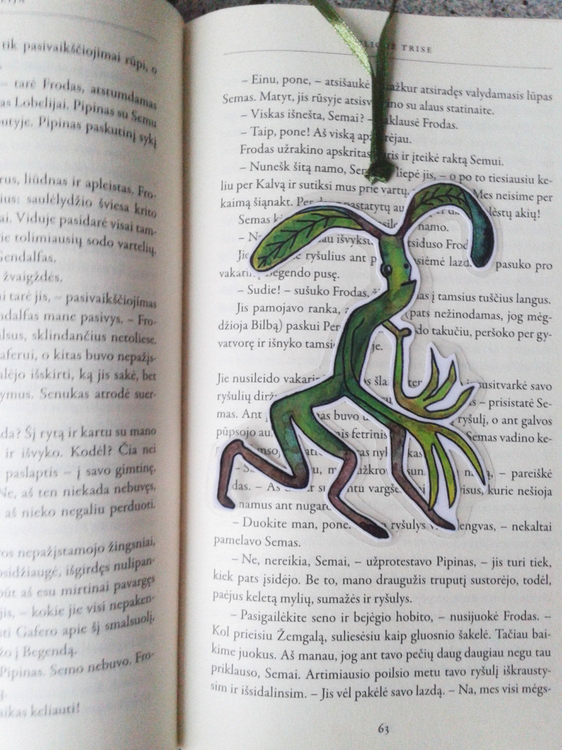 Excited to share the latest addition to my #etsy shop: Bowtruckle, Fantastic Beasts and where to find them http://etsy.me/2An5Sxp #booksandzines #bookmark #bowtruckle #fantasticbeasts #hp #harrypotter #cute #andwheretofindthem #christmas