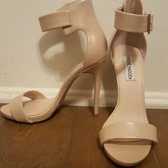 Steve madden marlenee heel Brand new! Never before worn heel sandal. Excellent condition and quality. The heel is 6 inches and can be paired with any outfit due to it's neutral color. Steve Madden Shoes Heels