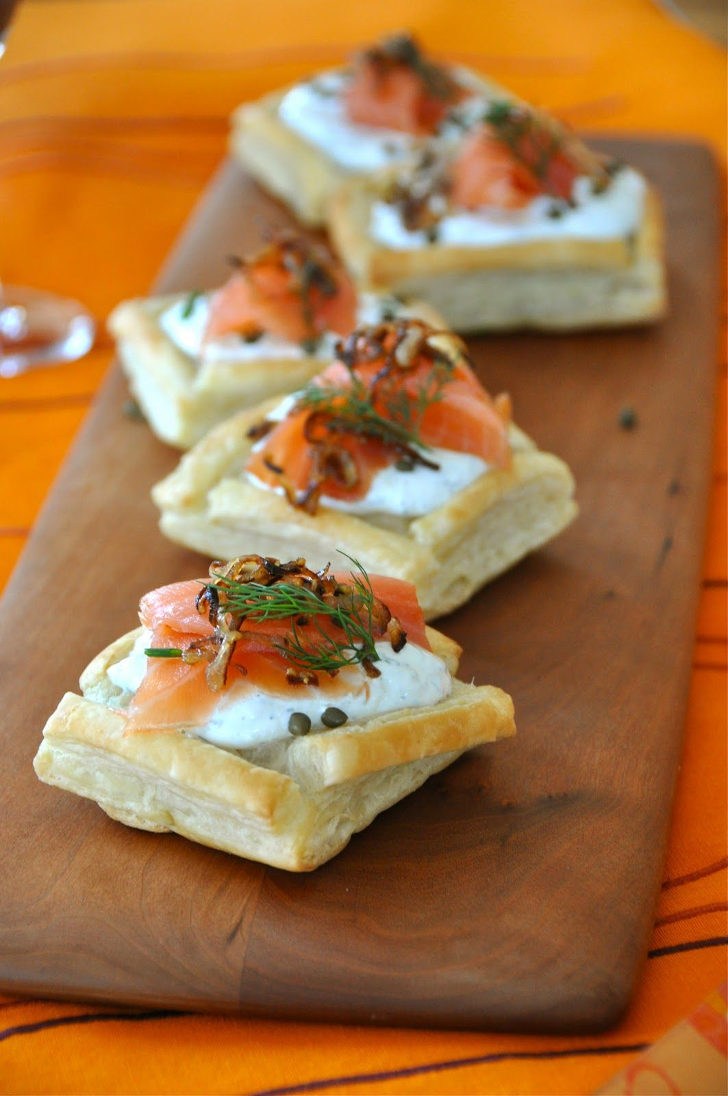 Salmon puff tarts puff pastry dough smoked salmon low for Puff pastry canape ideas