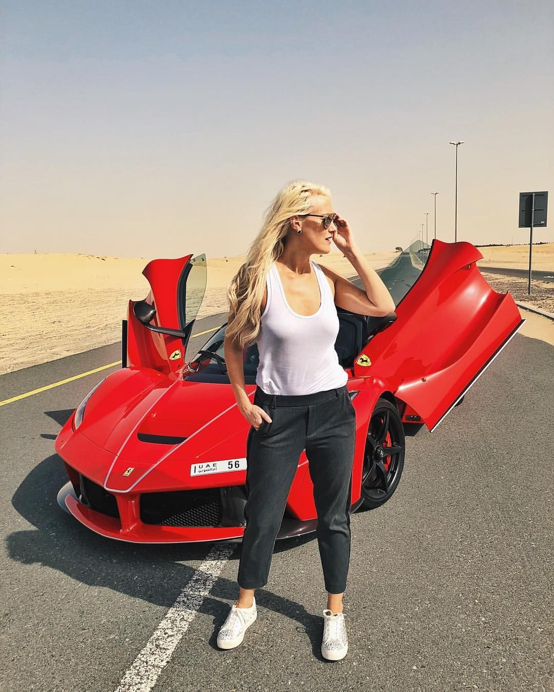 What Car Am I Looking At On The Other Side Of The Road Laferrariaperta Laferrari Ferrari Classy Cars Car Girls Super Cars