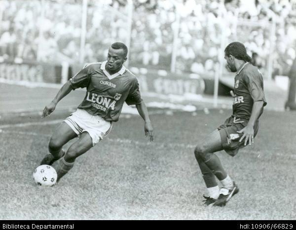 Clásico del fútbol Vallecaucano. Deportivo Cali - Vs - América de #Cali. - #Colombia 1996