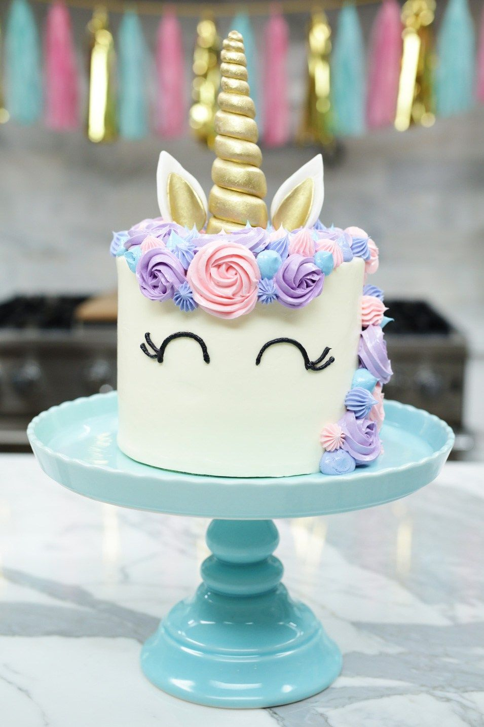 How To Make A Unicorn Cake Nerdy Nummies Pinterest