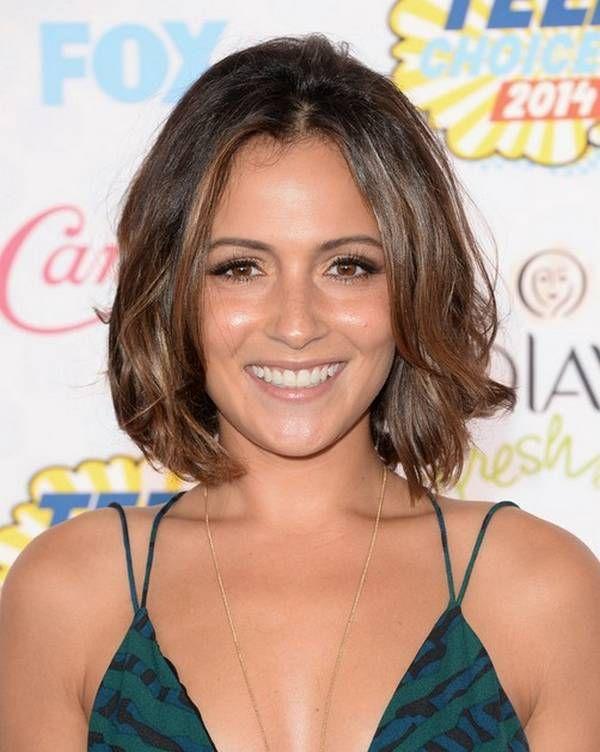 Celebrity Hairstyles Italia Ricci Short Brown Wavy Hair | Hair ...