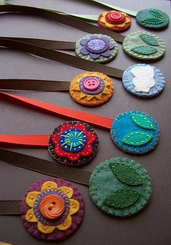"This would make SUPER cute bookmarks or they could be made into school or class competition ""medals""."