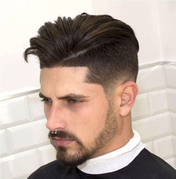 coupe,cheveux,homme,dégradé,trait,frange,coiffure,idées