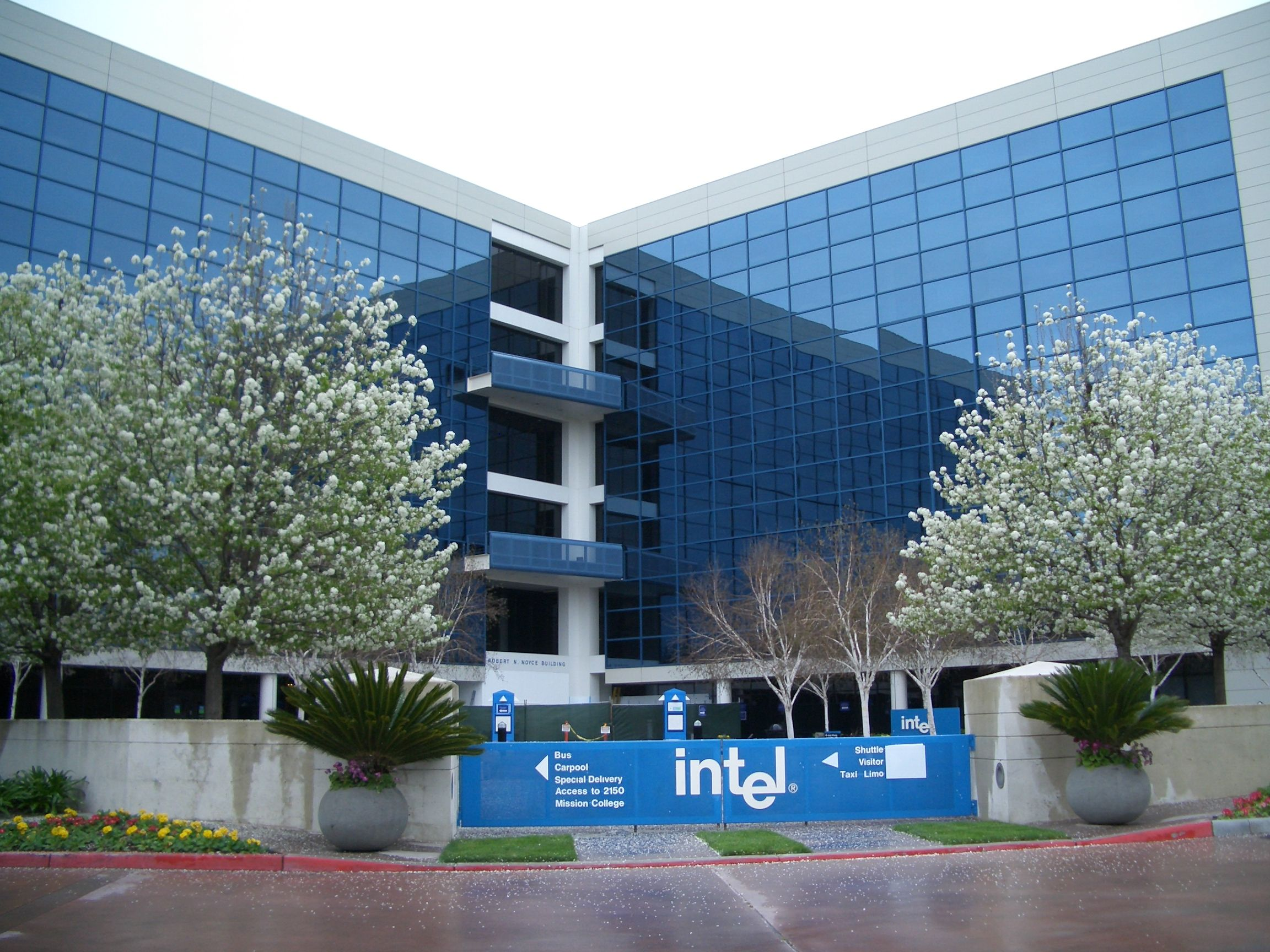 Intel Corporation is an American multinational technology ...