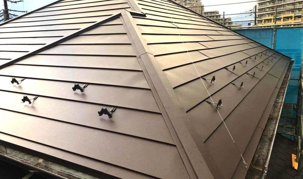 家を建ててからだいぶ年数も経つし 雨漏りしても困るからそろそろ屋根