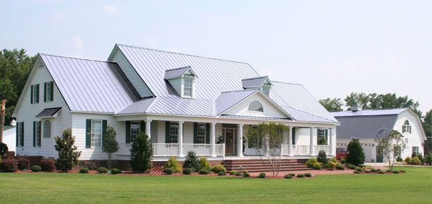 Best White Houses With Metal Roofs Virtual Roofer National 400 x 300