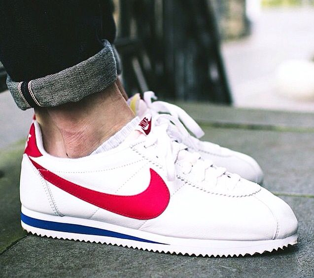 Classic sneakers, Nike shoes outlet, Nike