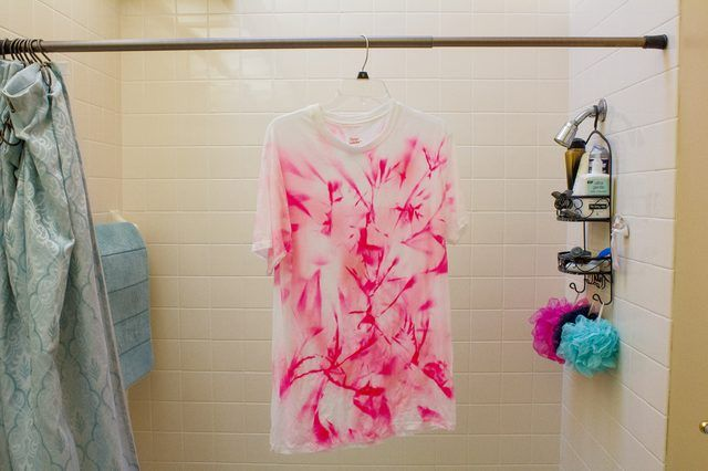 How To Wash A Tie Dye Shirt For The First Time Ehow Com Tie Dye Shirts Diy Tie Dye Shirts Dye Shirt
