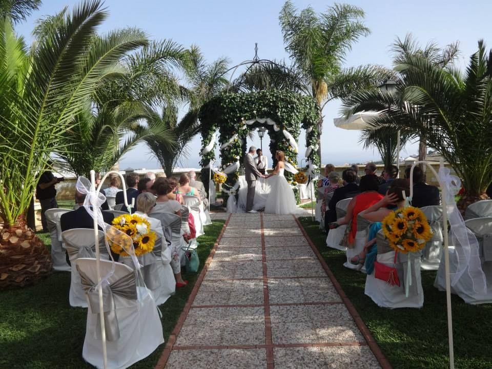 www.losgirasol.es Your dream wedding in Andalusia. Jullie droomhuwelijk onder de Spaanse zon.