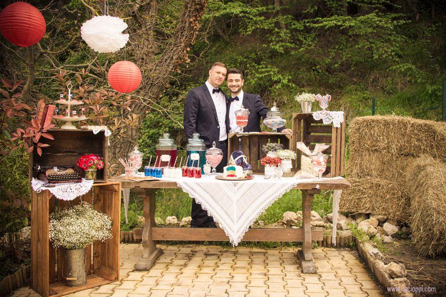 deco table rouge et blanc mariage recherche google centre de table pinterest guinguette. Black Bedroom Furniture Sets. Home Design Ideas