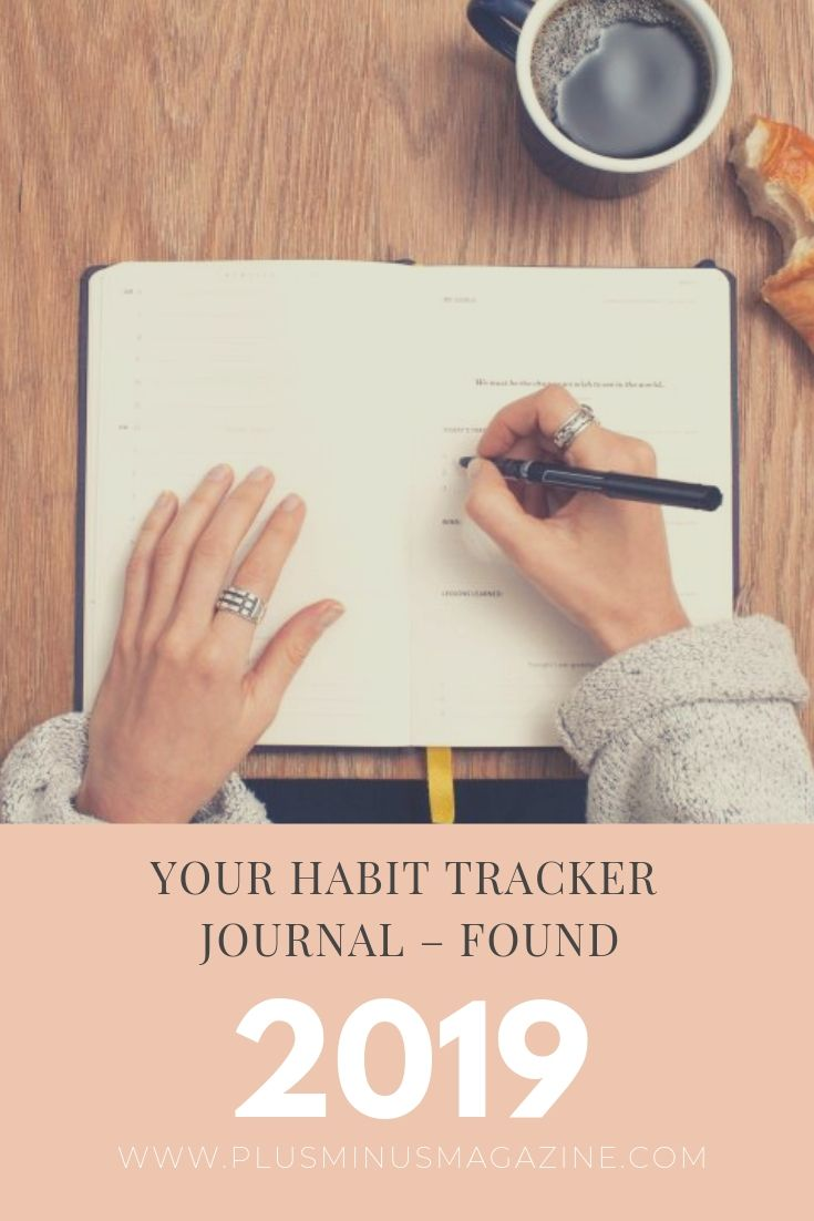 The best habit tracker journal for everyone. Using a habit tracker journal is every successful woman's secret tool. Here are the best daily habit trackers, whether you're looking for a minimalist habit tracker or a more elaborate layout. Find the perfect habit tracker journal today! #habittracker #habittrackerjournal #habittracker #bulletjournal #minimalist #minimalisthabittracker #habitjournal