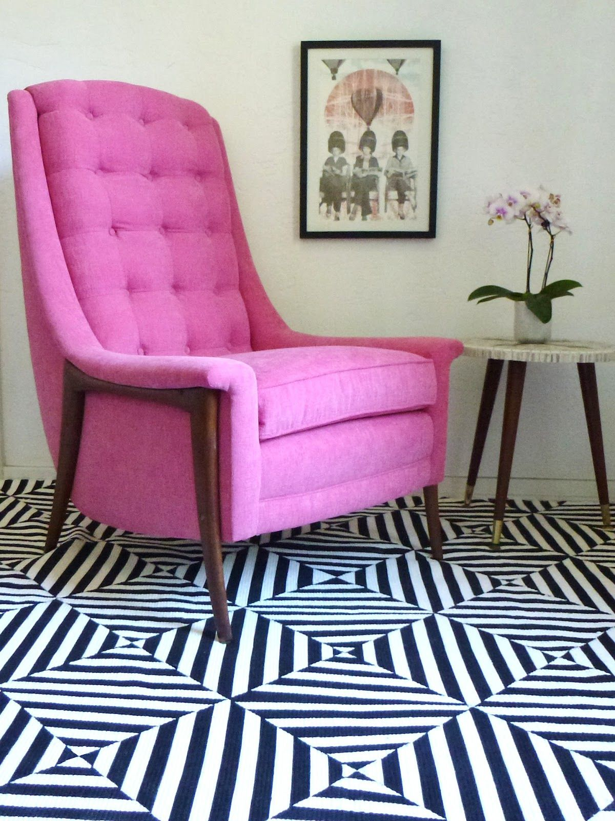 DIY: black & white extreme stripes painted rug...that chair & rug