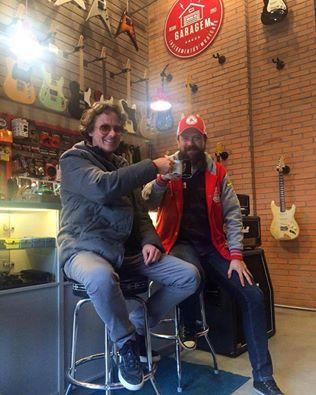 Hoje tivemos a honra de ter em nosso das #CafeDas18 Alec Haiat, diretor da Habro Music!!! #ClubeGaragem