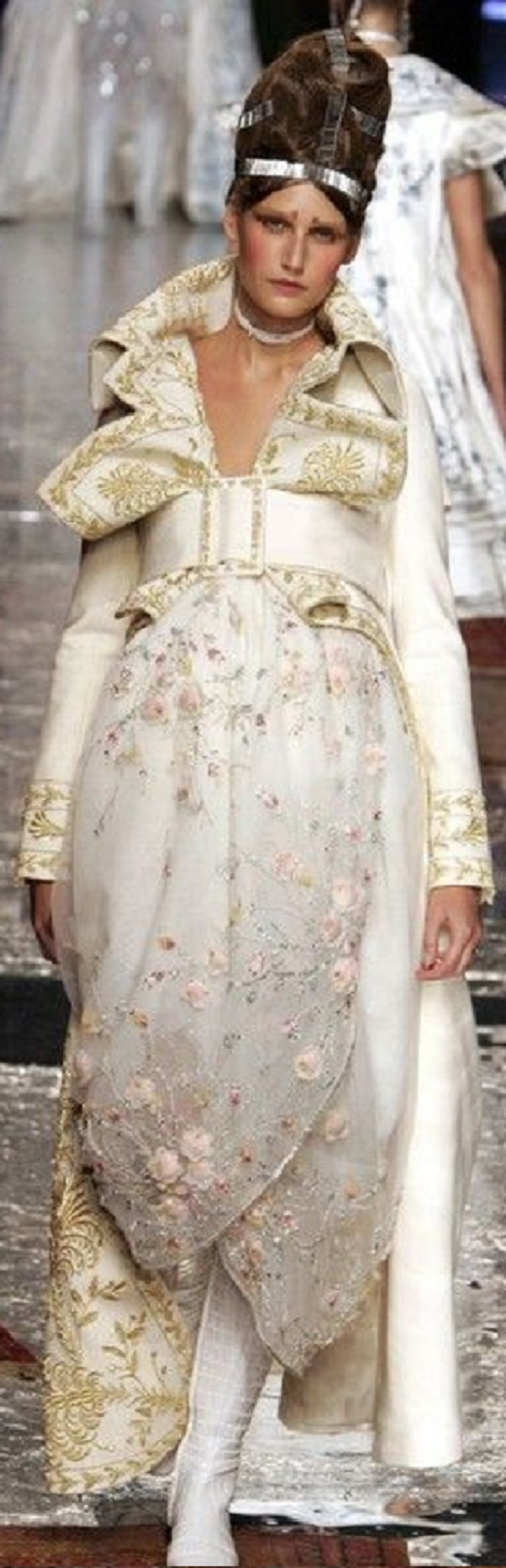 Dior Haute Couture spring - summer 2005 - John Galliano